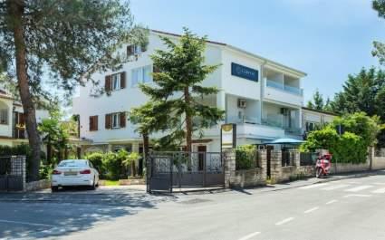 Villa Ladavac / Superior dvokrevetna soba s balkonom S5