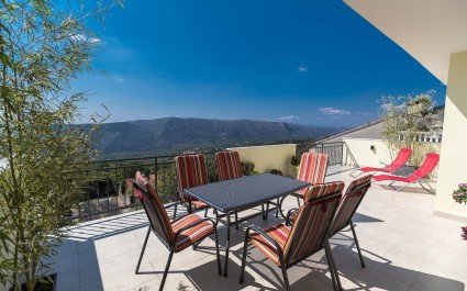 Modern Furnished Apartment Gradina with Balcony and Sea View near Crikvenica