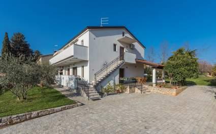 Zwei Schlafzimmer Apartment Spinotti A1 in Novigrad