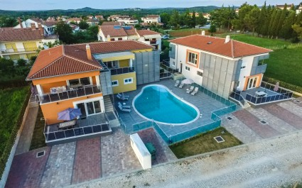 Two-Bedroom Apartment Residence Elody II with Shared Pool