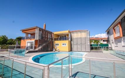 Geräumiges Ferienwohnung Residence Elody IV mit Poolblick