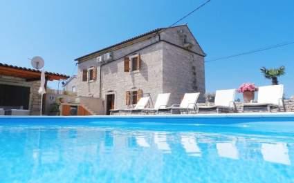 Casa Marinela