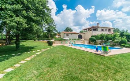 Villa Catarina con bellissimo giardino e piscina privata