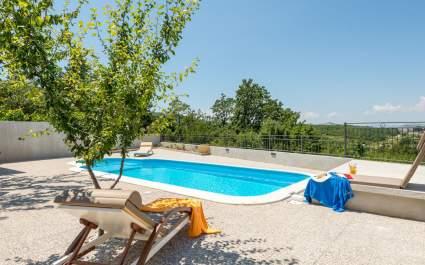 Villa Jovi vicino a Omis