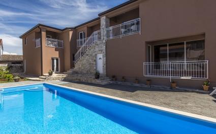 Appartamento con 2 camere da letto Noa II a Villa Valtrazza con vista piscina