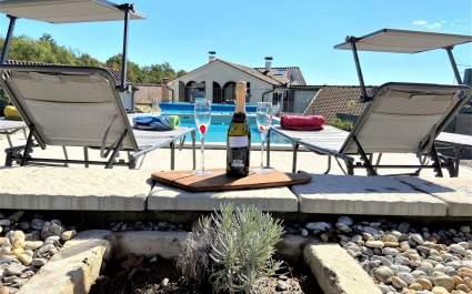 Villa Venci with pool - Poljane