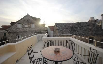 Holiday house Kala in the center of Makarska