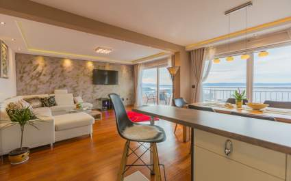 Apartment Paradise in Makarska with sea view