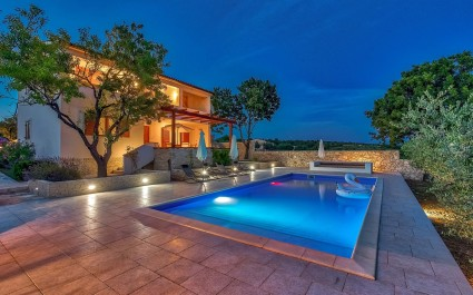 Tastefully furnished Villa  Chiara near the city of Zadar