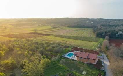 Villa Pendolina mit privatem Pool von der Natur umgeben