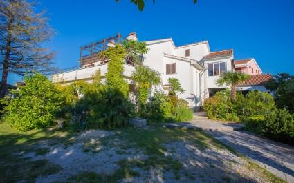 Appartamento Malinska A1 con vista giardino