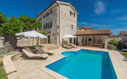 Beautiful Stone House - Villa Parentium with Private Pool