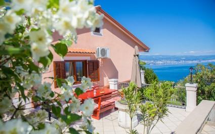 Jednosobni Apartman Jasminka II s Prekrasnim Pogledom na More