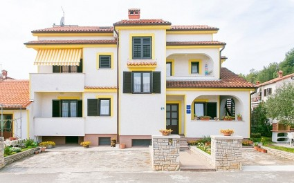 Apartment Matosevic IV mit Balkon und Gartenblick