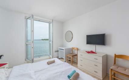 Old Town Apartment Tomicic with Direct Sea View III