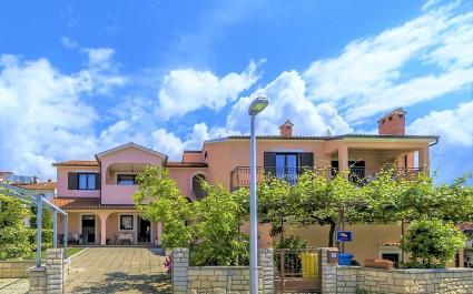 Apartment Silva V