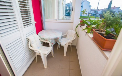 Apartment Mirela only 300 m from the Beach