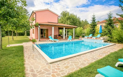 Pleasant Villa Valmonida with Pool, Sauna, Gym and BBQ