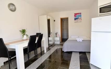 Studio Apartment Josip Cancini A2 with Terrace