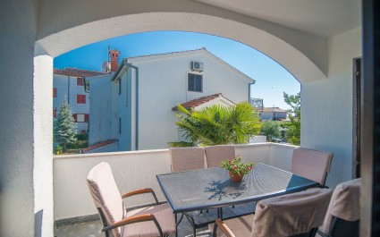 Three-Bedroom Apartment Dino II with Balcony