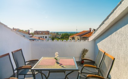 Two-Bedroom Apartment Dino III with Roof Terrace
