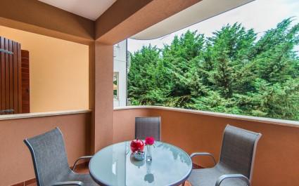 Two-Bedroom Apartment Milohanic Luxury I with Balcony