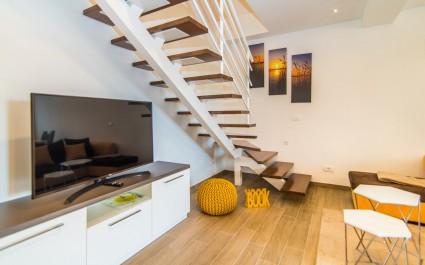 Luxury Apartment Milohanic III with Balcony