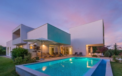 Beautiful and modern furnished Villa Kate Zminj with Sauna, Outdoor Pool and Indoor Pool