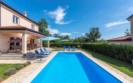 Villa Miriam s privatnim bazenom u blizini Rovinja