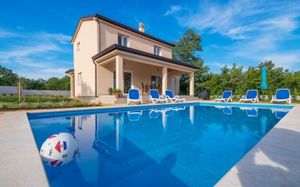 Villa Miriam with Private Pool near Rovinj