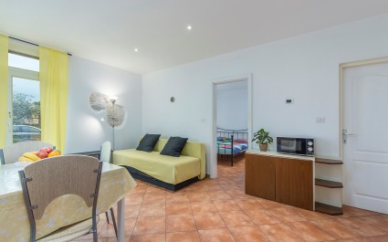 Apartment Iris I in the city center of Porec