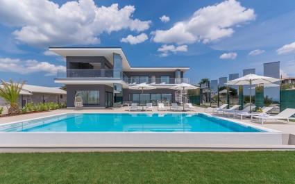 Luxurious Designer Villa Gabrijela