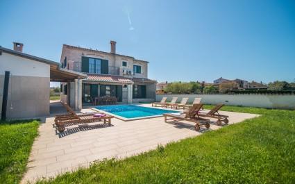 Villa Pomer mit privatem Pool in der Nähe des Meeres