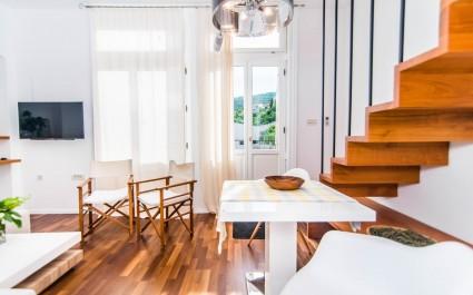Contemporary Apartment Lipovica in Opatija
