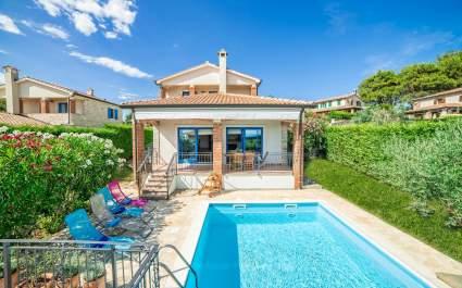 Villa Mar con piscina privata a San Lorenzo
