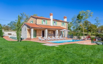 Villa Terracotta - Priceless View of the Surrounding Unspoilt Nature